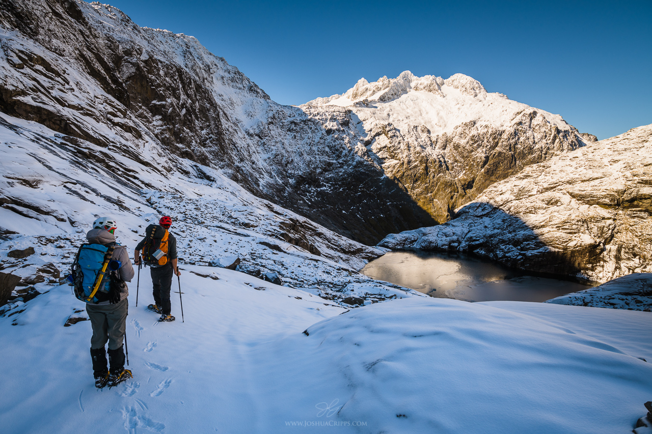 Gertrude-Saddle-Hike-Winter-Fiordland-New-Zealand (15)