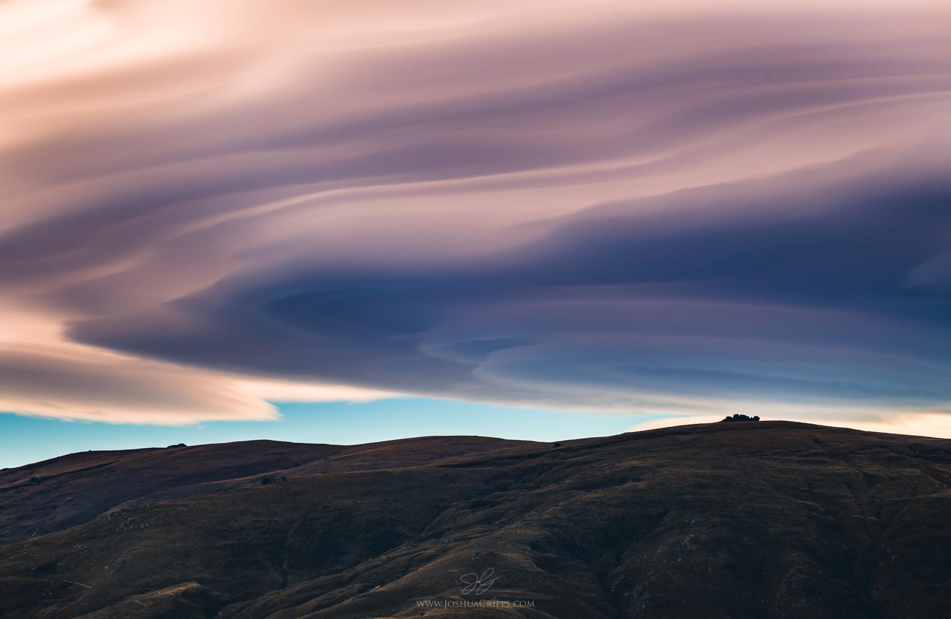 lenticular-clouds-new-zealand